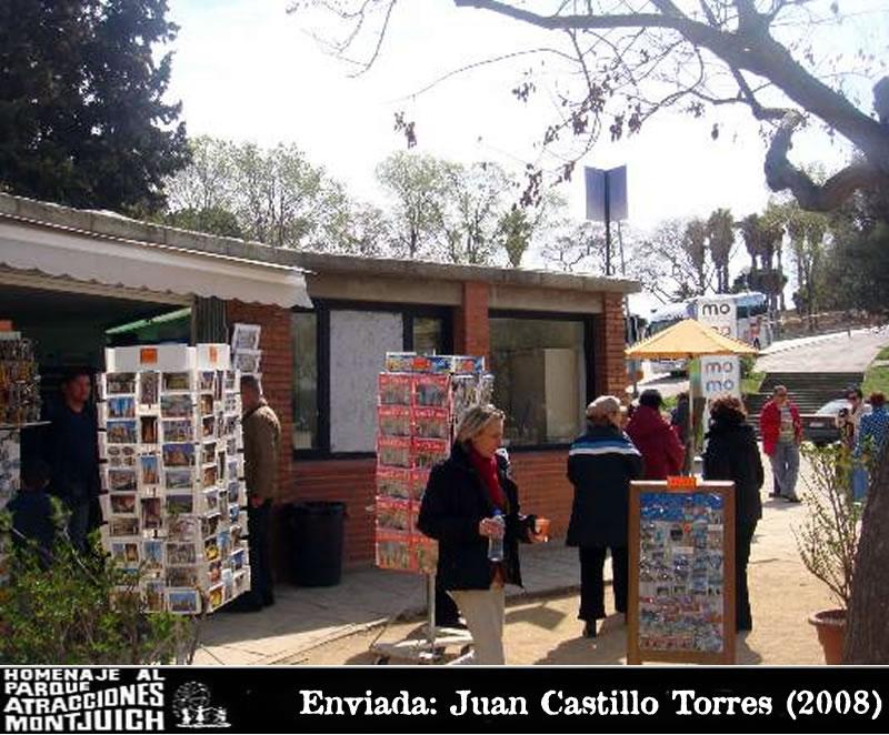Tienda de souvenirs para los turistas