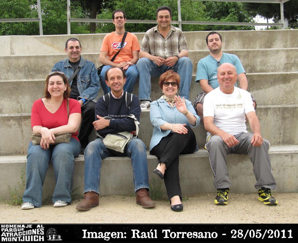 Antiguo teatro, imagen de los miembros de la quedada en Montjuic el 28-05-2011